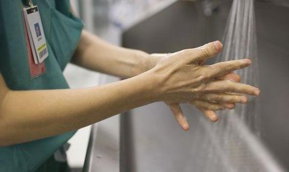 Частое мытье рук останавливает распространение инфекции