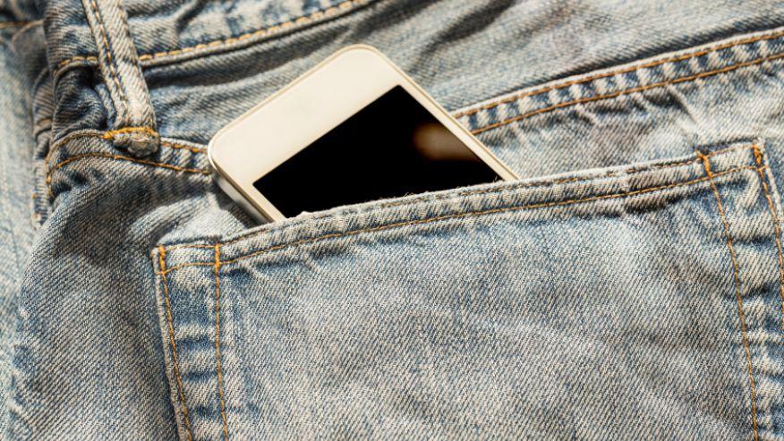 Сотовые телефоны влияют на качество спермы