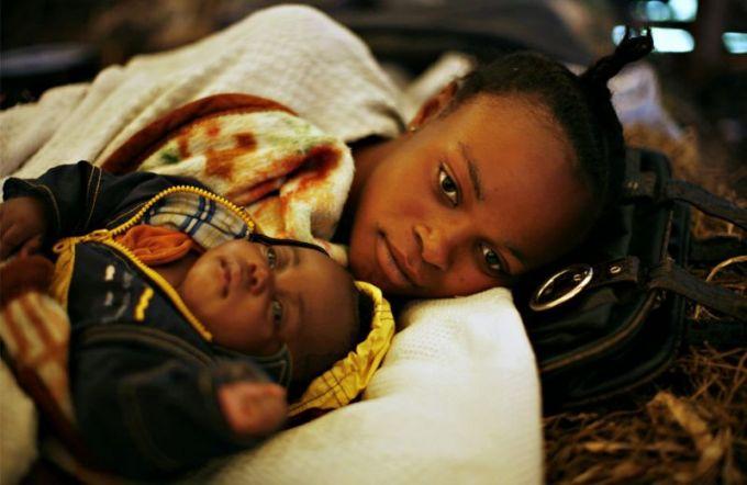 В Конго неизвестная лихорадка за 10 дней убила 13 человек