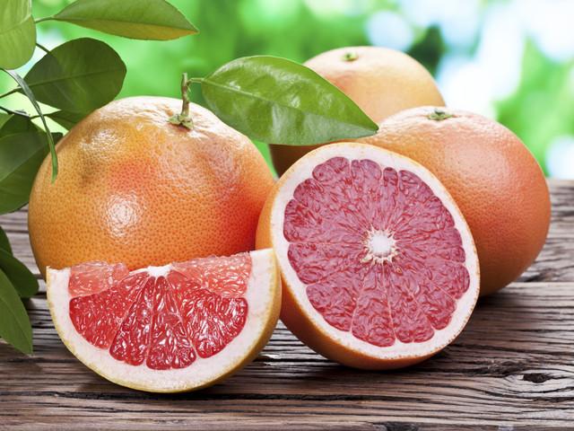 Грейпфрутовый сок сжигает лишние килограммы