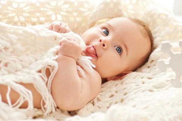 Infants_Glance_425764